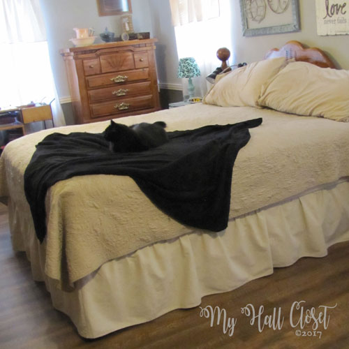 How to Make a Wrap Around Bed Skirt Using a Drop Cloth
