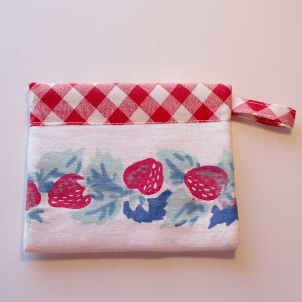 SS Bag Strawberry 1