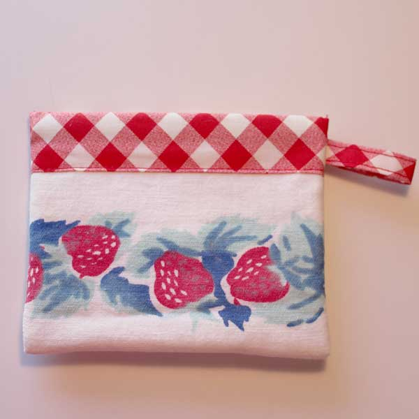 SS Bag Strawberry 2