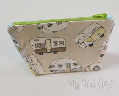 Finished Retro camper zipper pouch