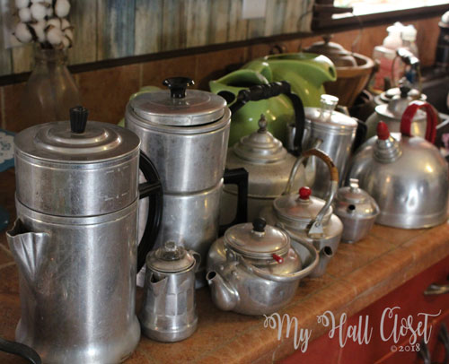 I moved the aluminum pots from the studio to the kitchen