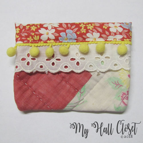 Vintage Quilt Snappy Bag Red with Yellow Pom Pom