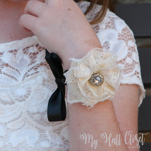 Bridesmaids wrist corsage with shabby flower