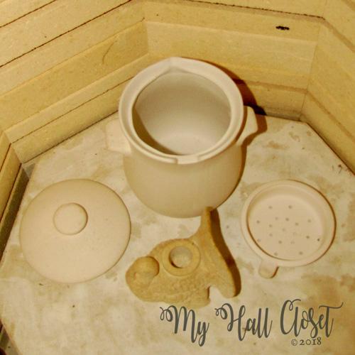 https://ceramicartsnetwork.org/daily/firing-techniques/electric-kiln-firing/firing-clay-lowdown-ceramic-firing-process/