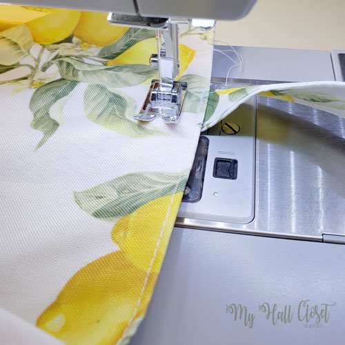 Dollar tree Placemat Bag stitching the top