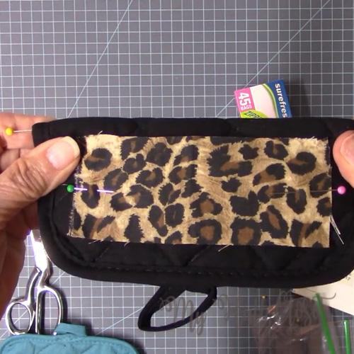 To embellish a potholder purse caddy