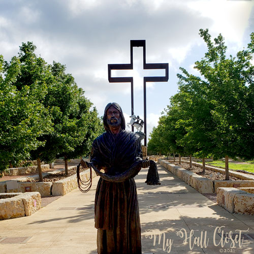 I will make you fishers of men statue at the Cross in Kerrville, TX
